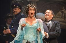 Ольга Бузова возвращается на сцену МХАТа, несмотря на скандал
