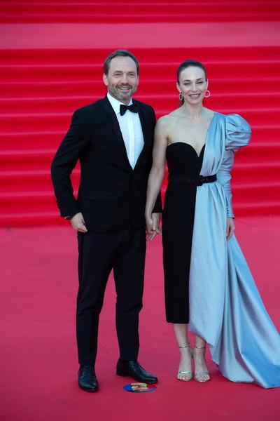 С 2012 года Снаткина замужем за шоуменом Виктором Васильевым
