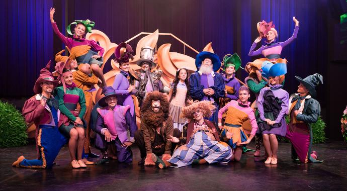 Стиль жизни: Популярный цирковой мюзикл «Изумрудный город» пройдет в Вегас Сити Холле  – фото №3