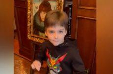 Алла Пугачева вместе с Лизой и Гарри мило поздравили Максима Галкина с Днем отца