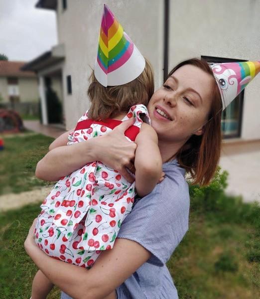 В 2017 году Савичева родила дочь Аню