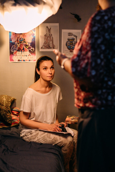 Интервью: Александра Урсуляк: «Потери, конфликты и несчастную любовь можно пережить, если у тебя есть поддержка дома» – фото №2