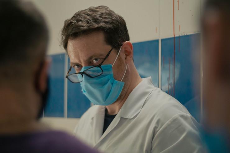 На съемках сериала Сафонова консультировал профессиональный врач