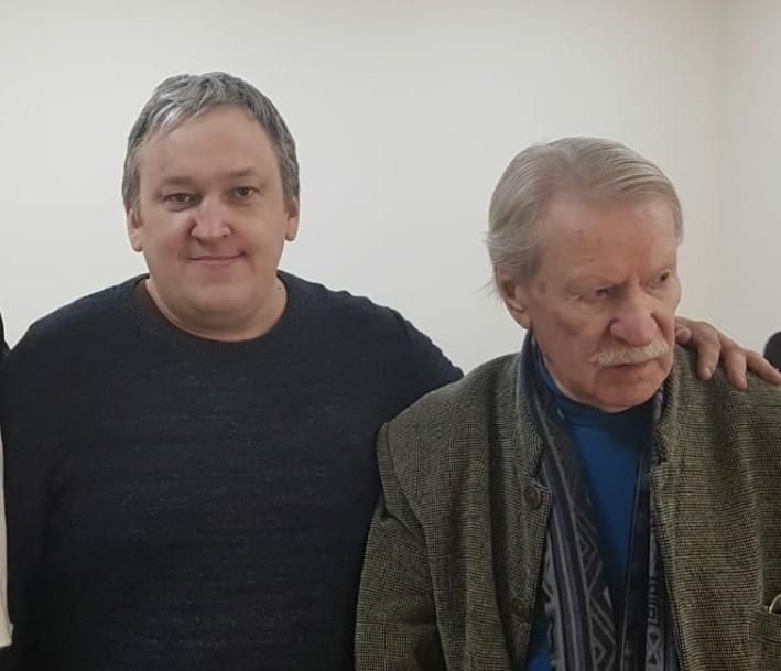 К доктору Краско отвез друг и директор Вячеслав Смородинов